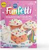 Funfetti strawberry cake & cupcake mix with candy bits - Produit