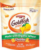 Made with organic wheat cheddar crackers - Producto